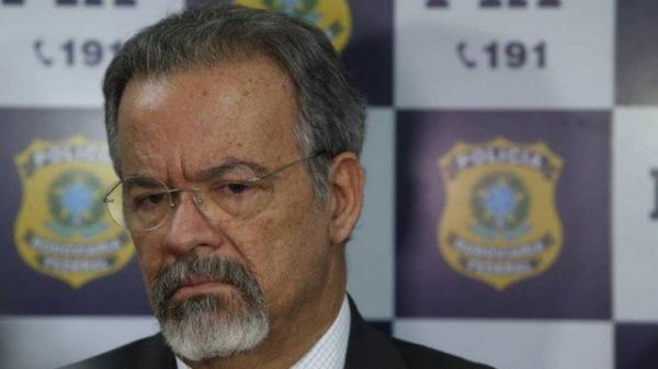 Governo prepara mutirão nacional e quer libertar até 50 mil presos