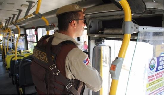 Policial militar é executado ao ser reconhecido em assalto a ônibus na BR-324