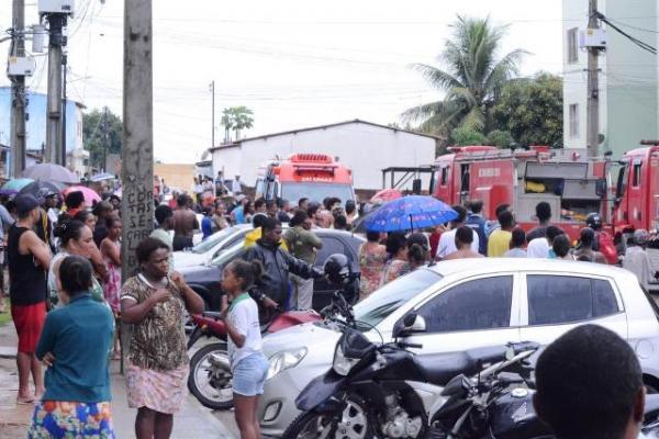 Uma pessoa morre e várias ficam feridas em incêndio no residencial Iguatemi, em Feira de Santana