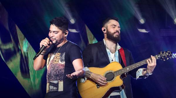 Mais uma vez, Jorge e Mateus ignoram imprensa local no Festival de Verão Salvador