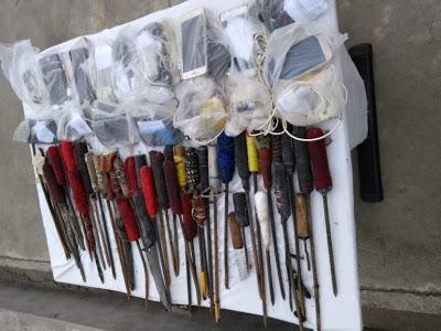 Operação de rotina apreende celulares, armas artesanais e entorpecentes no presídio de Feira