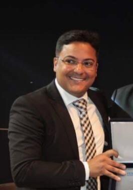 Diploma recebido pelo Dr. Luiz Teixeira