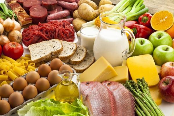 Governo tem 200 toneladas de alimentos à espera de venezuelanos, diz porta-voz